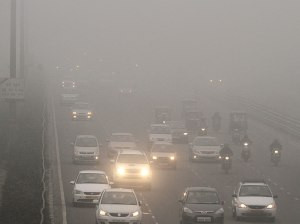 Dense fog in Delhi (Source: Hindustan Times)