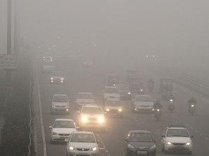 Dense fog in Delhi (Source: Hindustan Times)
